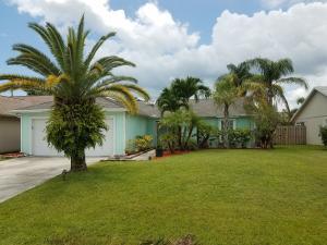 3966 SE Jacaranda Street, Stuart, FL 34997