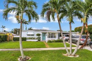 337 E Lake Road, Palm Springs, FL 33461