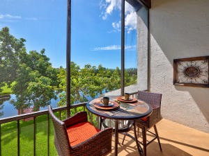 Property for sale at 900 Greensward Lane Unit: 203-G, Delray Beach,  Florida 33445