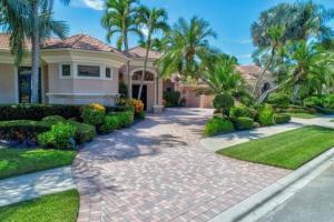 124 Saint Edward Place, Palm Beach Gardens, FL 33418
