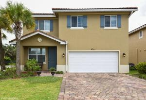 4701 Foxtail Palm Court, Greenacres, FL 33463