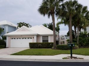 32 Dorchester Circle, Palm Beach Gardens, FL 33418