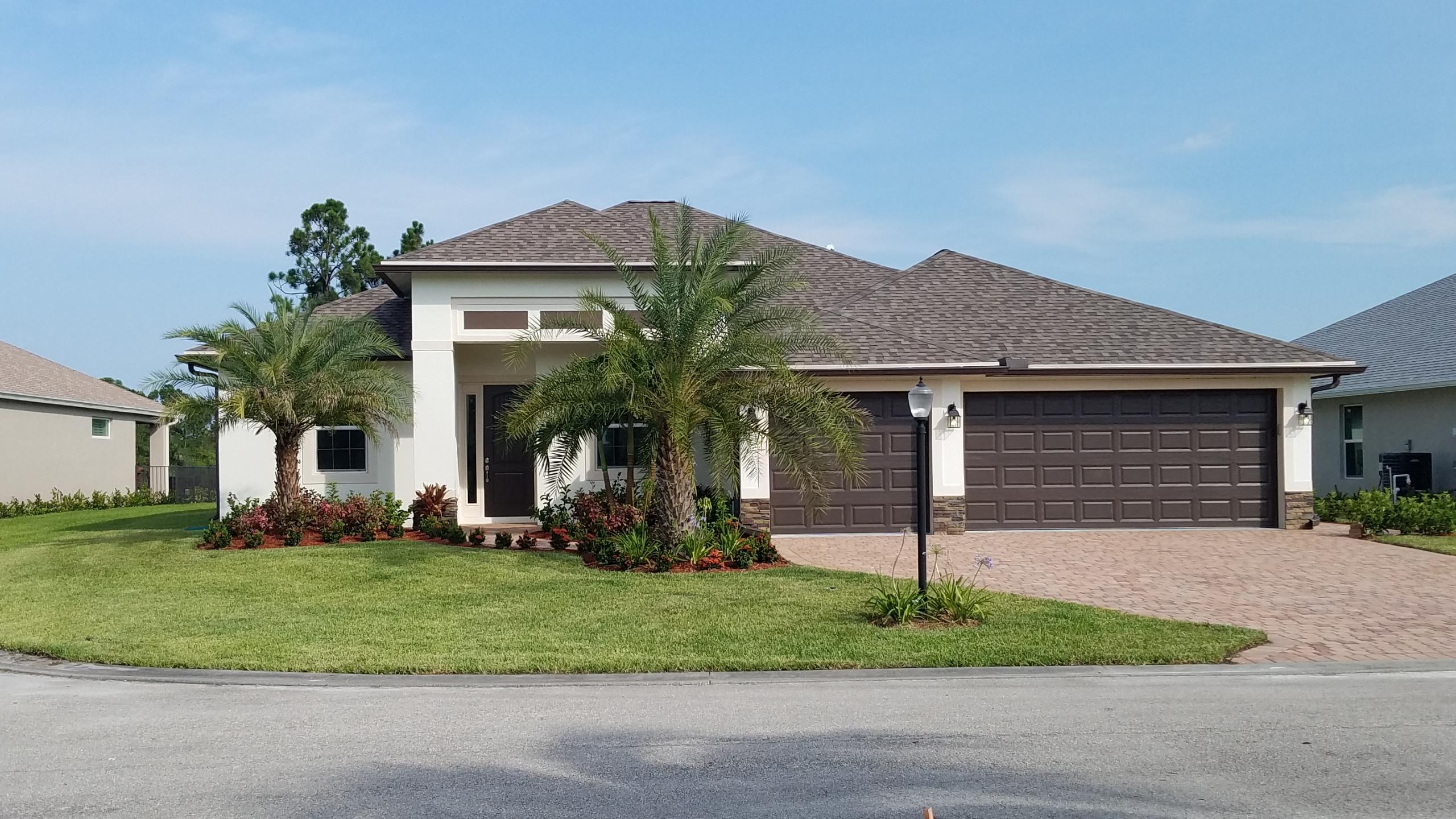 251 SW Vista Lake Drive, Port Saint Lucie, FL 34953