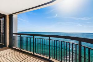 5380 N Ocean Drive, Singer Island, FL 33404