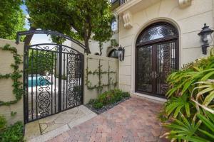 110 Hammon Avenue, Palm Beach, FL 33480