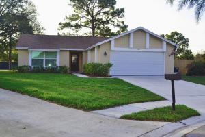 120 Greentree Circle, Jupiter, FL 33458