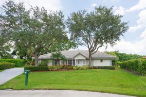 91 Dunbar Road E, Palm Beach Gardens, FL 33418
