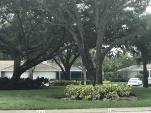 801 Silverleaf Oak Court