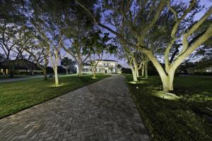 8056 Native Dancer Road, Palm Beach Gardens, FL 33418