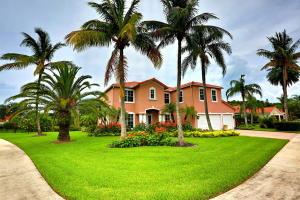 9725 SE Crape Myrtle Court, Hobe Sound, FL 33455