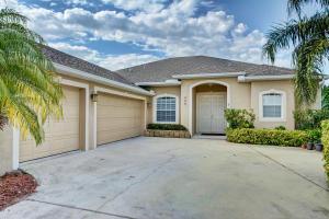 459 NW Sunflower Place, Jensen Beach, FL 34957