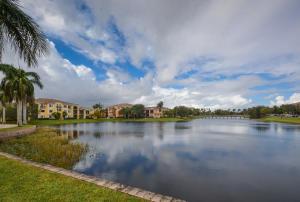 2813 Grande Parkway, 202, Palm Beach Gardens, FL 33410