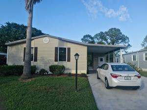 8169 Buckthorn Circle, Port Saint Lucie, FL 34952