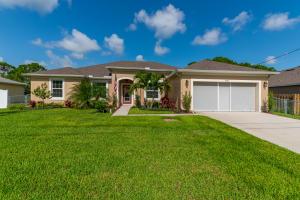 3572 SW Pisano Street, Port Saint Lucie, FL 34953