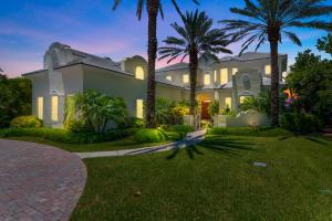 6926 SE Harbor Circle, Stuart, FL 34996