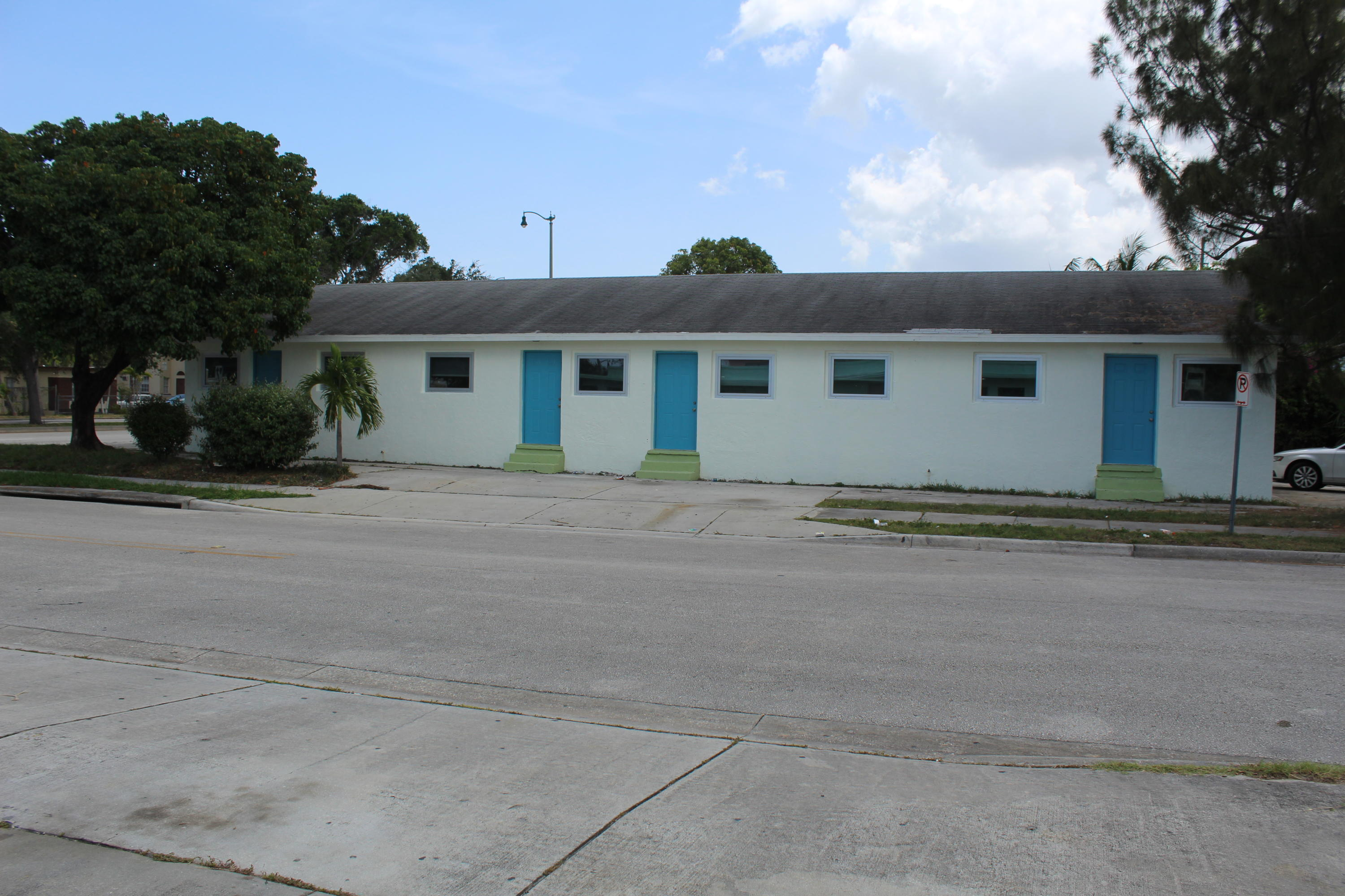 3415 Broadway, West Palm Beach, Florida 33407, ,Quadplex,For Sale,Broadway,RX-10455664