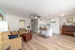2929 SE Ocean Boulevard, G9, Stuart, FL 34996