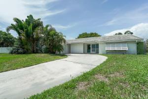 712 Waterway Circle, North Palm Beach, FL 33408