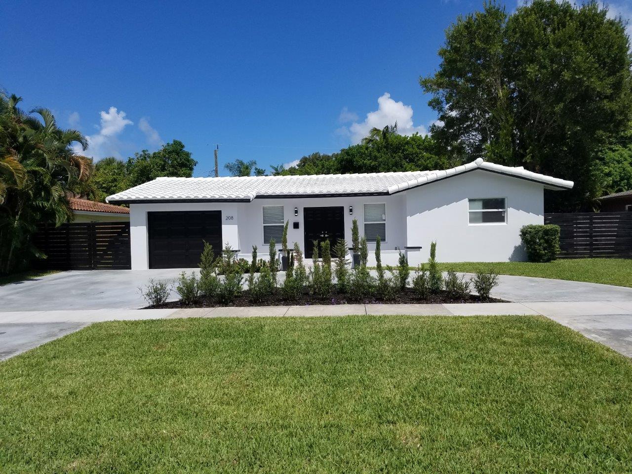 208 Sw 12th Avenue Boca Raton, FL 33486