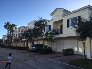 10440 SW Stephanie Way, 4-202, Port Saint Lucie, FL 34987