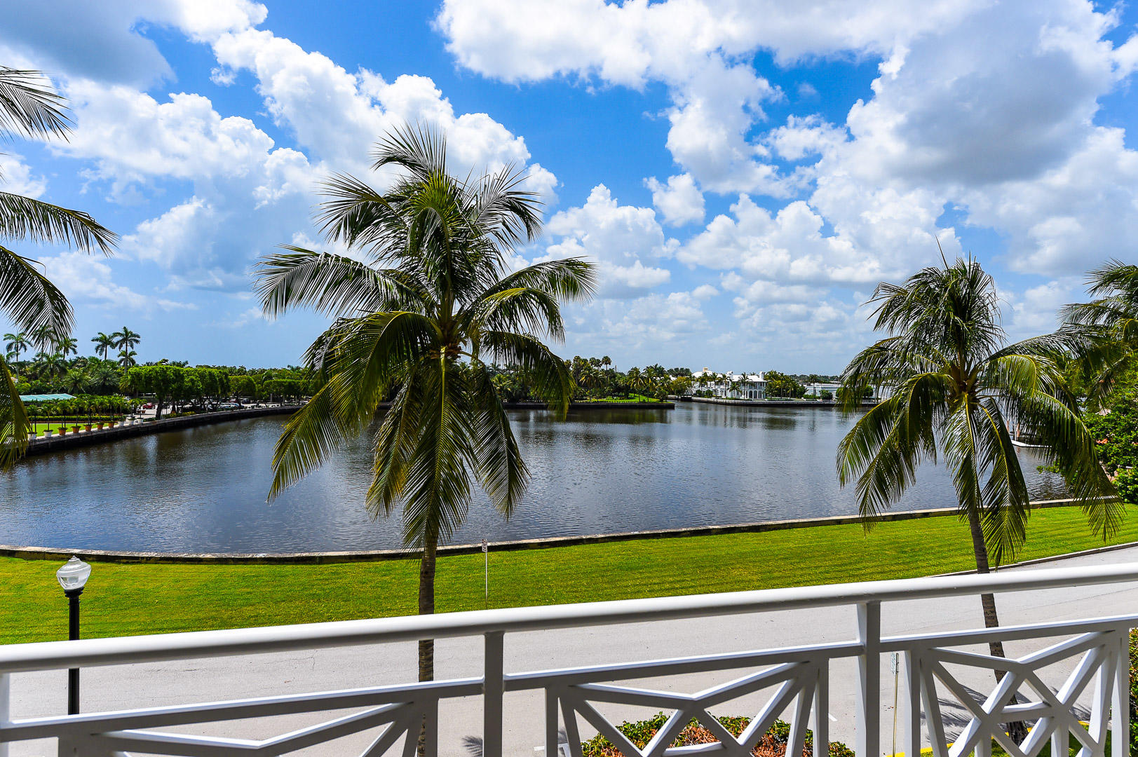 425 Worth Avenue Palm Beach FL 33480