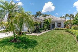 8611 Wakefield Drive, Palm Beach Gardens, FL 33410
