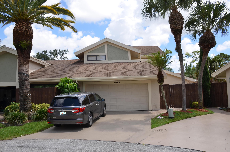 7685 Stanway Place Boca Raton, FL 33433