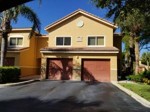 Townhome with garage and private driveway in Gated * Intracoastal * Community!
