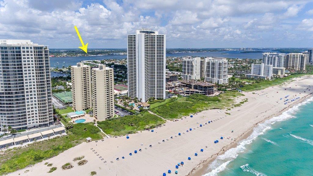 2800 Ocean Drive, Singer Island, Florida 33404, 2 Bedrooms Bedrooms, ,2 BathroomsBathrooms,Condo/Coop,For Sale,Phoenix Towers,Ocean,12,RX-10436814