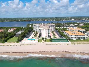 2295 S Ocean Boulevard, 219, Palm Beach, FL 33480