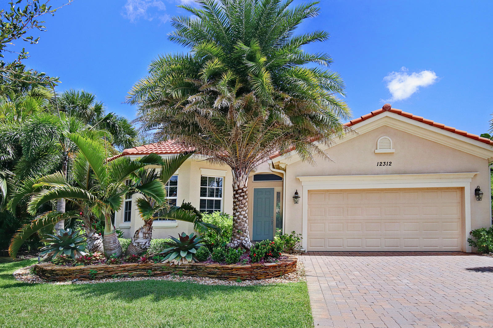 Photo of 12312 Aviles Circle, Palm Beach Gardens, FL 33418
