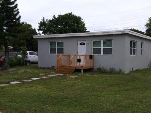 1565 W 16th Street, Riviera Beach, FL 33404