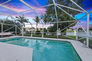 4716 SE Winter Haven Court, Stuart, FL 34997