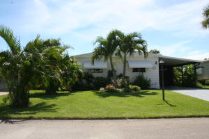 8004 SE Saratoga Drive, Hobe Sound, FL 33455