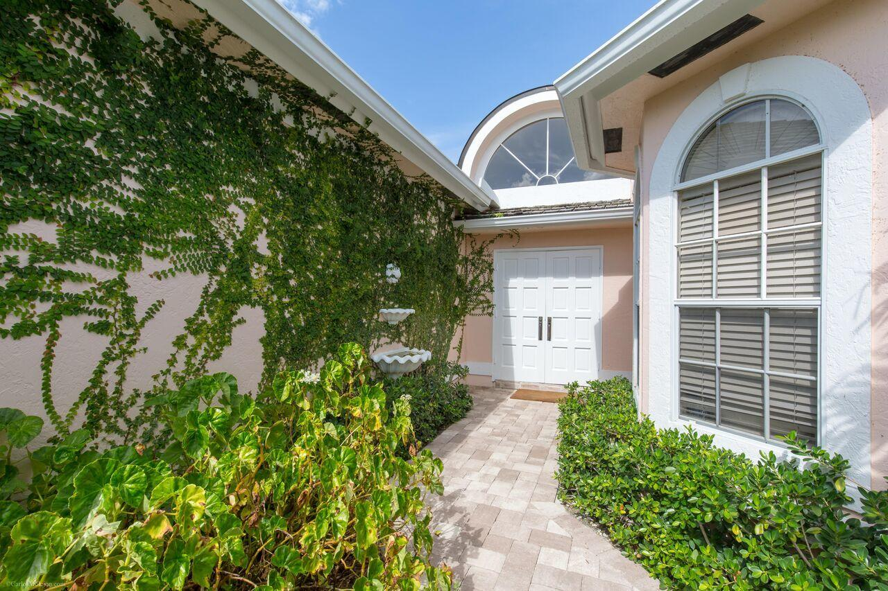 2443 Muir Circle, Wellington, Florida 33414, 3 Bedrooms Bedrooms, ,2.1 BathroomsBathrooms,Single Family,For Sale,PALM BEACH POLO,Muir,RX-10458033