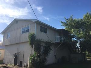 1009 SE Hall Street, Stuart, FL 34996