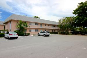 18081 SE Country Club Drive, 25