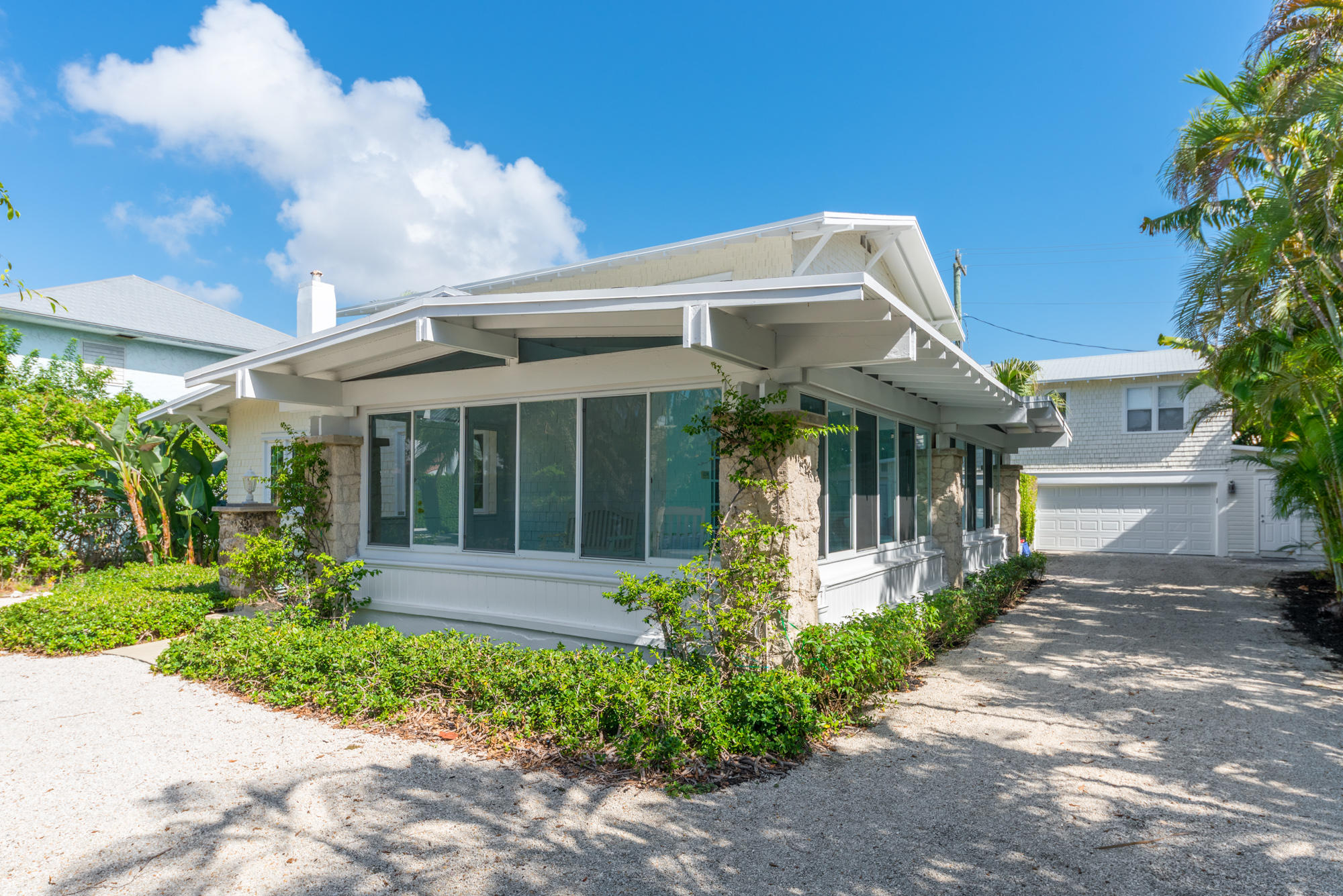 141 Chilean Avenue, Palm Beach, Florida 33480, 4 Bedrooms Bedrooms, ,3.1 BathroomsBathrooms,Single Family,For Rent,Chilean,RX-10459581