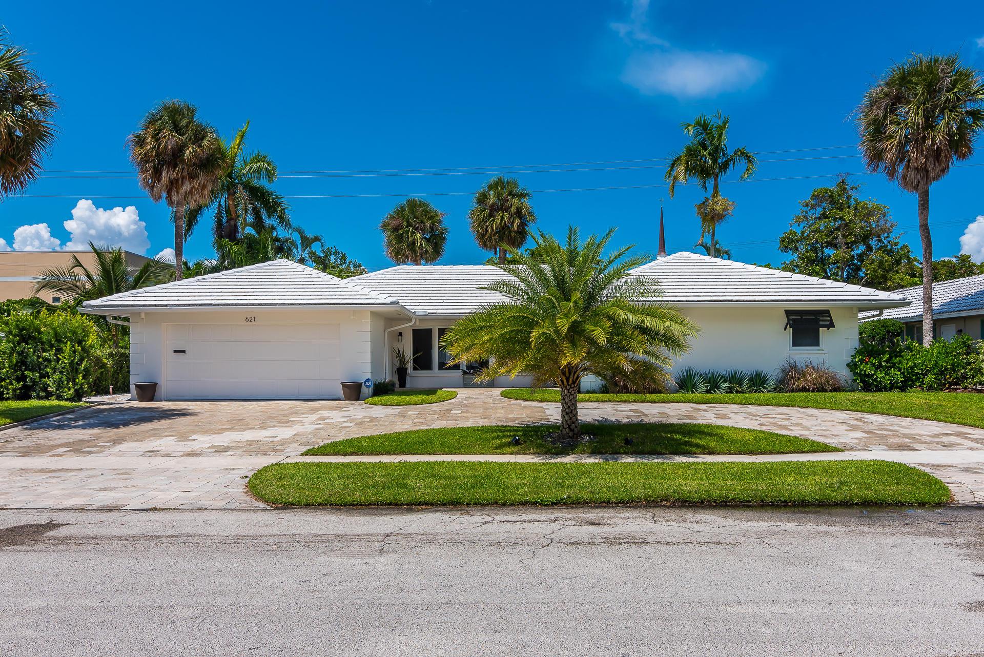 621 Apple Tree Lane Boca Raton, FL 33486