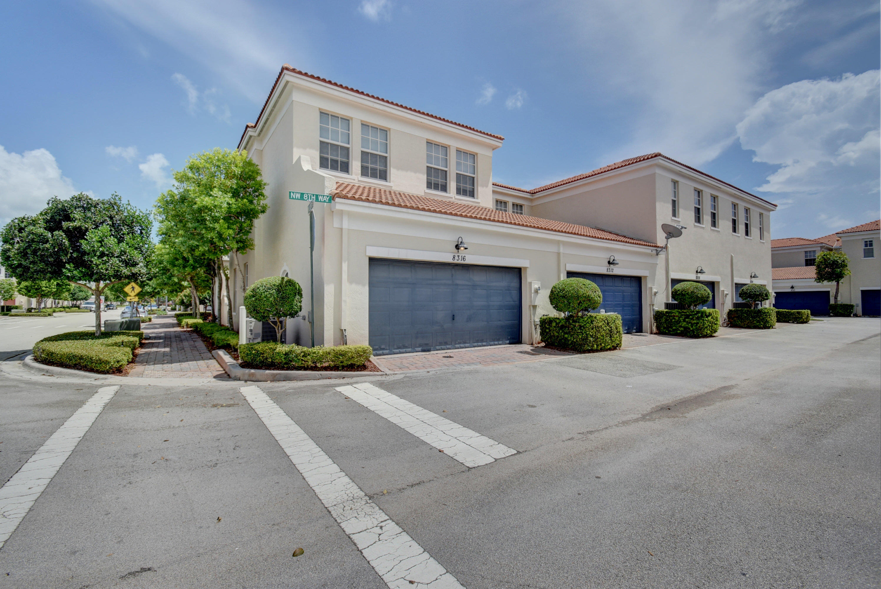 8316 Nw 8th Way Boca Raton, FL 33487