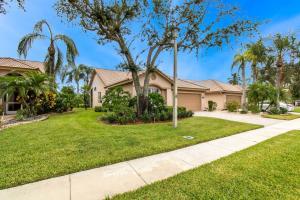 8976 Shoal Creek Lane, Boynton Beach, FL 33472
