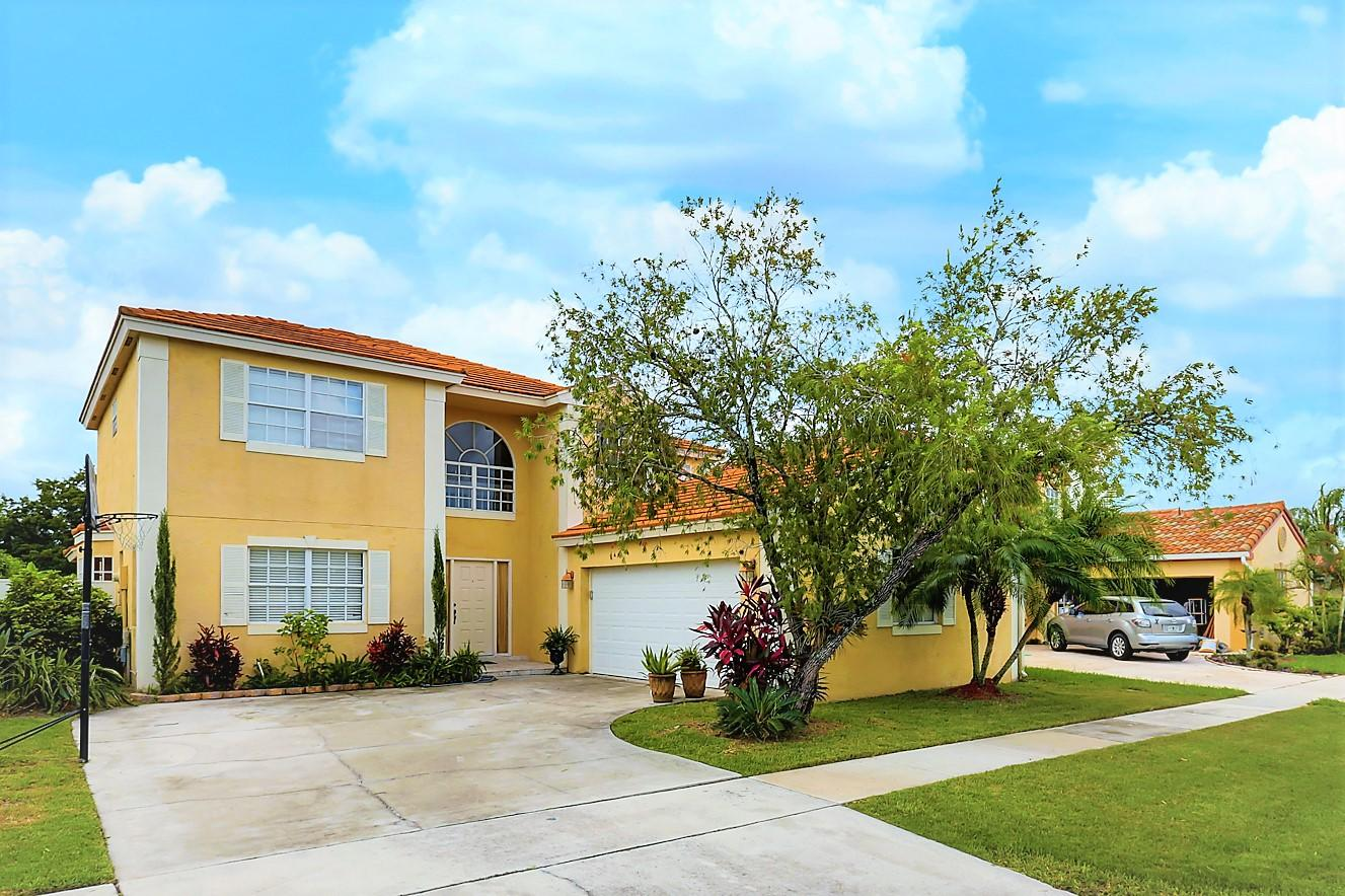 10628 Pebble Cove Lane Boca Raton, FL 33498