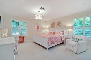 30 Second bedroom
