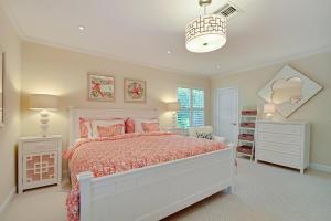 33 Second Bedroom