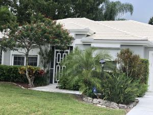 9141 SE Deerberry Place, Tequesta, FL 33469