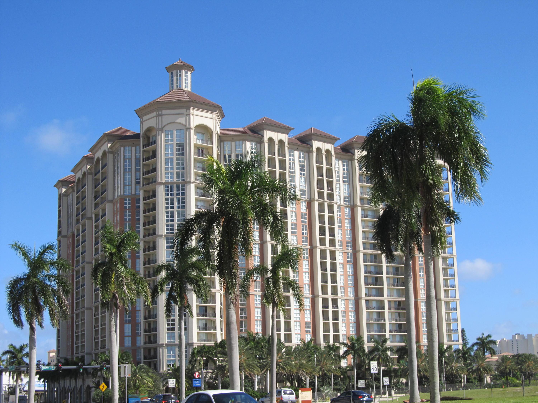 550 Okeechobee Boulevard, West Palm Beach, Florida 33401, 2 Bedrooms Bedrooms, ,2 BathroomsBathrooms,Condo/Coop,For Sale,Okeechobee,5,RX-10460736