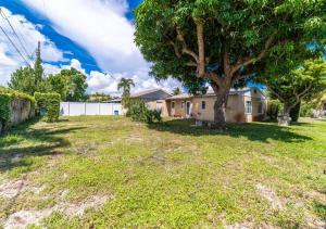 356 Churchill Road, West Palm Beach, FL 33405