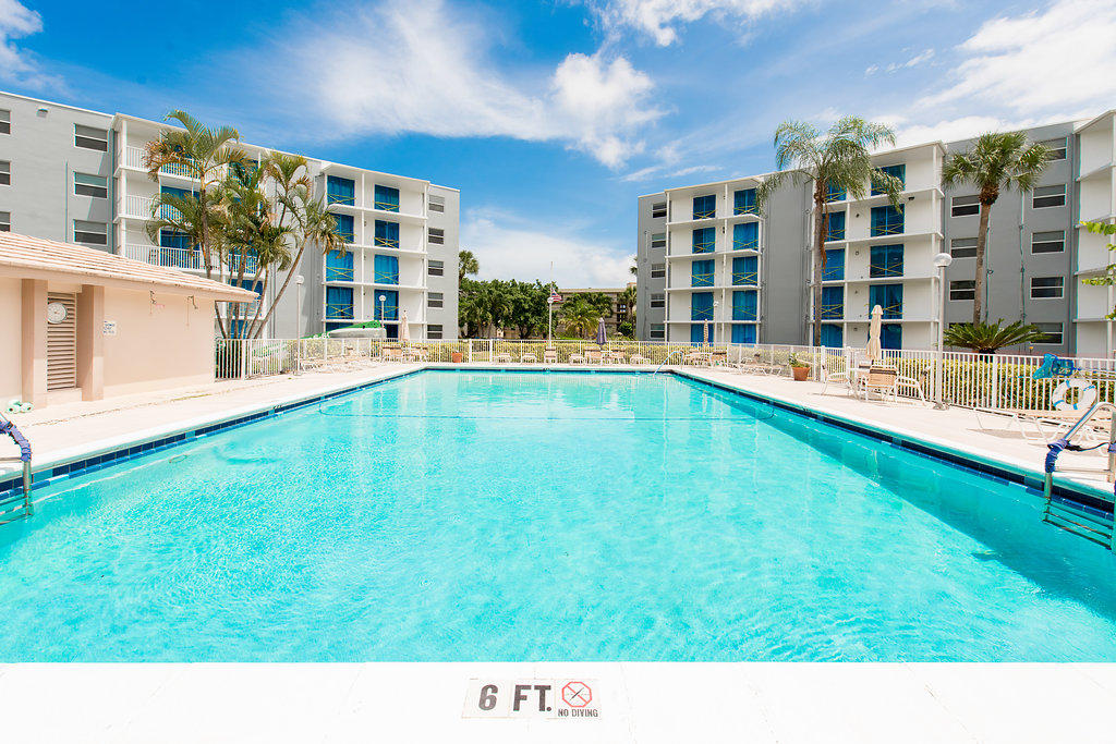 6661 Nw 2nd Avenue #ph-g Boca Raton, FL 33487