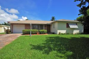 1807 Laurel Lane, Lake Clarke Shores, FL 33406