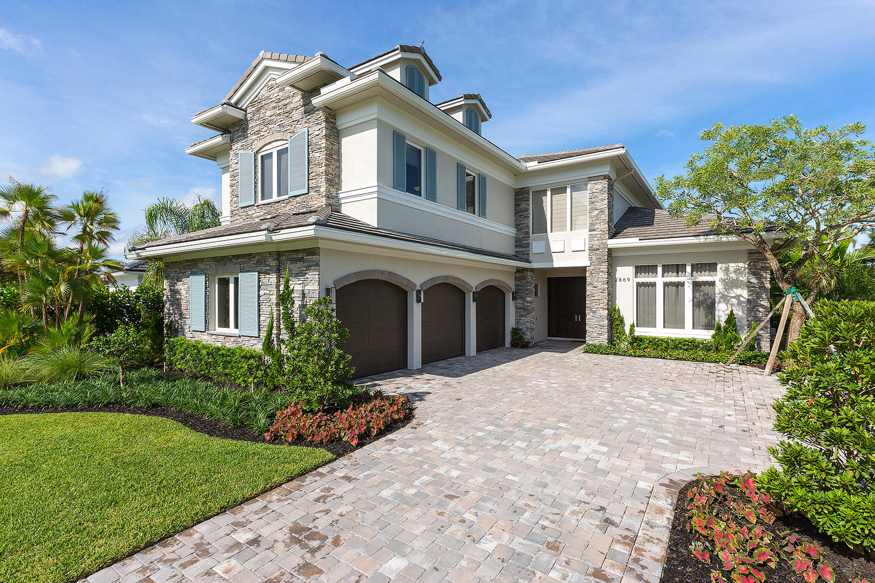 2869 Blue Cypress Lane, Wellington, Florida 33414, 4 Bedrooms Bedrooms, ,5.1 BathroomsBathrooms,Single Family,For Sale,Palm Beach Polo Club,Blue Cypress,RX-10305077